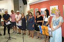 Vystoupení členů hudební sekce Prácheňské umělecké besedy zahájilo v galerii Portyč výstavu píseckých výtvarníků.