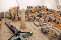 Poškozený originál je vystavený v píseckém muzeu.