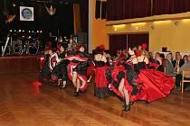 Rybářský ples v Mirovicích zpestřil Starosedlský Orkán. Foto: Jan Hrdina