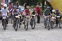Také letos byl velký zájem dětí a mládeže o cyklistický závod, který se konal v Palackého sadech v Písku. Náš snímek je z minulého ročníku této akce.