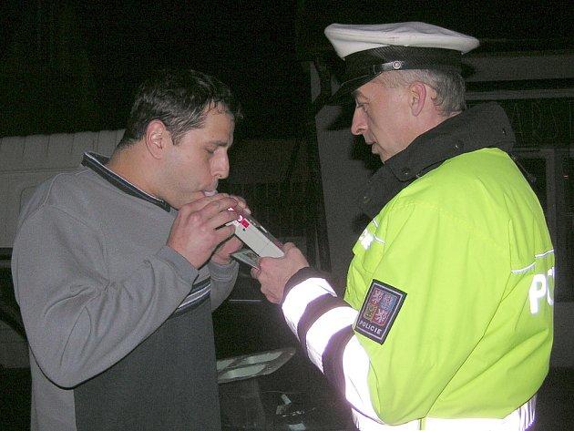 Z noční kontrolní policejní akce