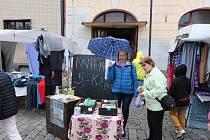 Knižní bleší trh v Mirovicích.