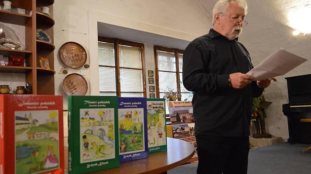 Spisovatel Zdeněk Klásek vydal další knihu, a to Jihočeské pohádky.