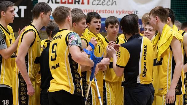 Basketbalisté Sršni Písek U19.