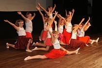 Protivínští žáci secvičili Akademii ke stému výročí republiky.