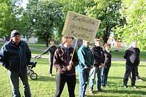Protest v Kovářově.