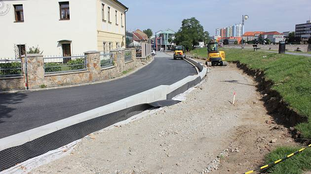 Rekonstrukce parkoviště na Výstavišti a Svatotrojické ulice v Písku.