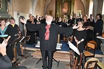 Koncert souboru Chairé v Chřešťovicích.