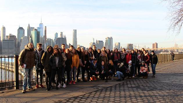 Studenti písecké obchodní akademie na exkurzi v New Yorku.