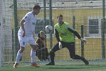 Brankář Vladan Vršecký a záložník Michal Mašát se velmi dobrým výkonem podíleli na zisku jednoho bodu svého týmu v zápase III. ligy, ve kterém fotbalisté Písku remizovali na hřišti týmu FK Kunice 1:1.