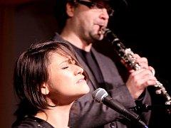 Lenka Dusilová zazpívá na koncertu v Písku.
