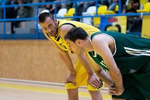 Prvoligový basketbalista Písku Pavel Englický.