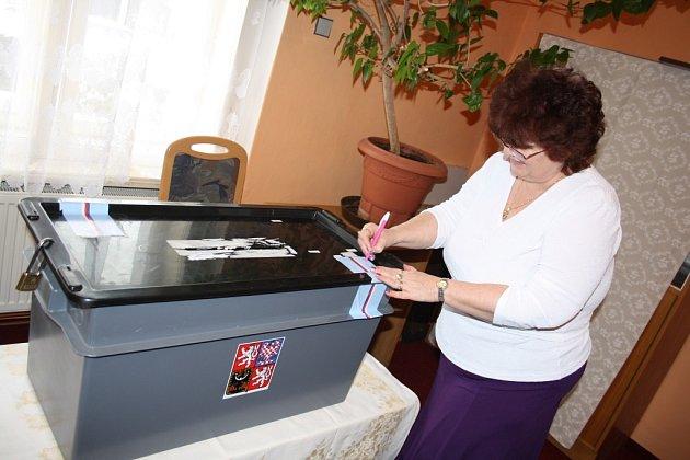 Druhé kolo prezidentských voleb v Čimelicích.