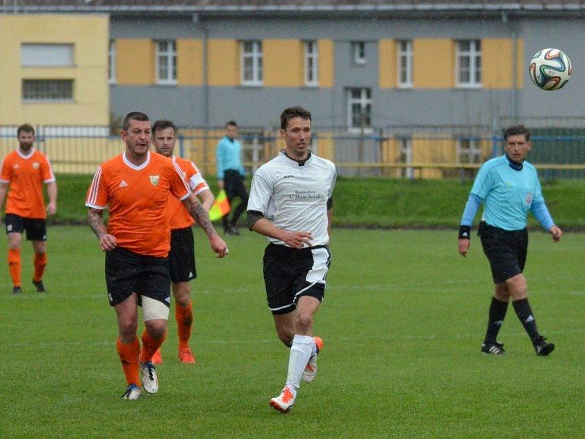 Vimperští fotbalisté doma přehráli Meteor Tábor po dobrém výkonu 4:1.