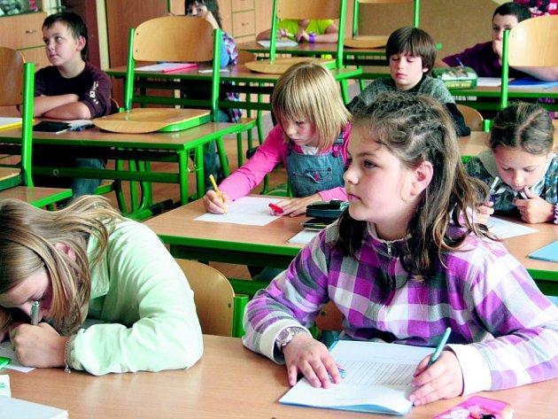 Děti absolvovaly IQ testy.