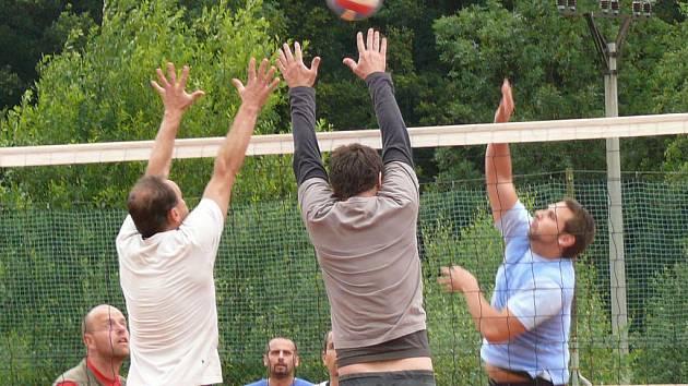 Volejbalový turnaj v Husinci.