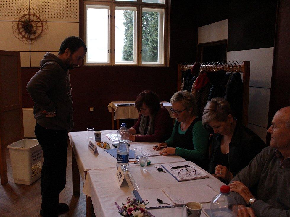 Druhé kolo prezidentských voleb v Netolicích.