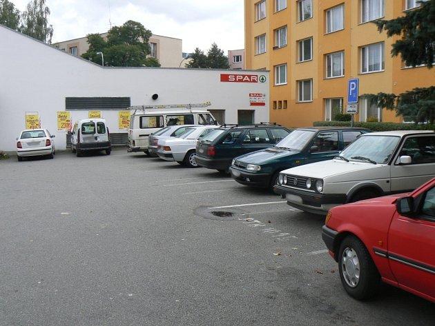 Dosud neznámý pachatel ukradl z parkovací plochy u vimperské čerpací stanice nákladní automobil Fiat Ducato. Ilustrační foto.