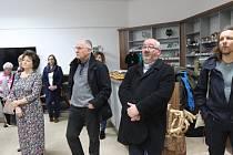 Vernisáž výstavy zahájil Vít Vavřinec Pavlík, starosta města Volary, který krátce pověděl o zajímavé výstavě, která připomíná Rosu Tahedl.