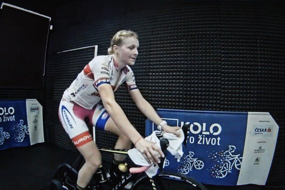 Cyklisté absolvovali virtuální závod Kola pro život.