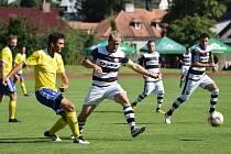 Fotbalová A třída: Vimperk - Kaplice 3:8 (0:1).