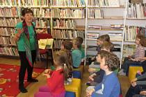 V prachatické městské knihovně strávily děti Nádherné úterý.