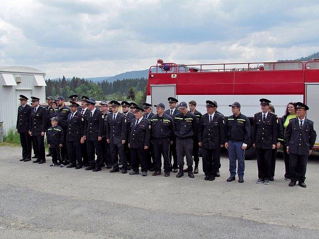 V Lenoře pořádali dobrovolní hasiči ve své hasičárně tradiční oslavy sv. Floriána.