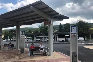 Autobusové nádraží v Prachaticích.