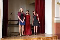 Studenti Střední pedagogické školy z Prachatic, svěřenci Venety Marešové, a hosté připravili nevšední hudební, pěvecký a recitační zážitek v aule prachatického gymnázia.