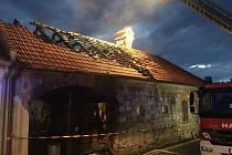 V Babicích hořela nebytová část statku.
