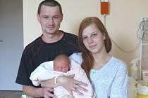 Adéla Stischalová se narodila v prachatické porodnici v úterý 25. června v 08.45 hodin. Vážila 3200 gramů. Rodiče Jana a Jan si dceru odvezou domů, do Strážnýho.