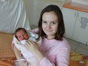 V Chrobolech bude vyrůstat Zdeněk Študlar. Ten se narodil v pondělí 6. listopadu devět minut po půl páté ráno v písecké porodnici. Vážil 3300 gramů a měřil 49 centimetrů. Pro rodiče Zuzanu Brázdovou a Zdeňka Študlara je prvním miminkem.