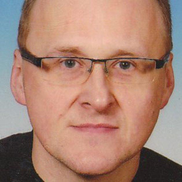 Martin Csejtey, 43let, správce sportovního areálu, Ne já, ale my.