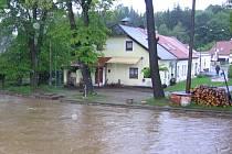 Naposledy v roce 2013 se Husinečtí potýkali s velkou vodou. Tomu chtějí zabránit výstavbou protipovodňových opatření v okolí řeky Blanice.