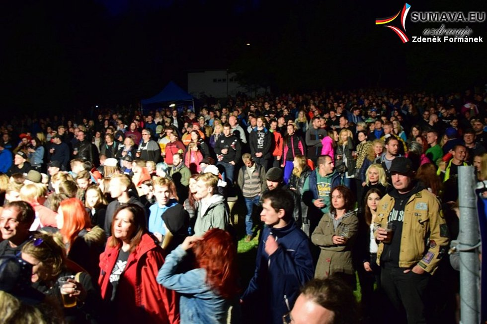 Koncertní šňůra Majálesu ve Vimperku.