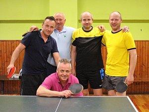 Okresními přeborníky se stali stolní tenisté Svaté Maří.