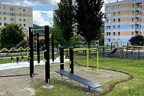 Nové workoutové hřiště vzniká na prachatickém sídlišti vedle ZŠ Národka.