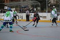 O víkendu se rozjedou jarní boje hokejbalistů.