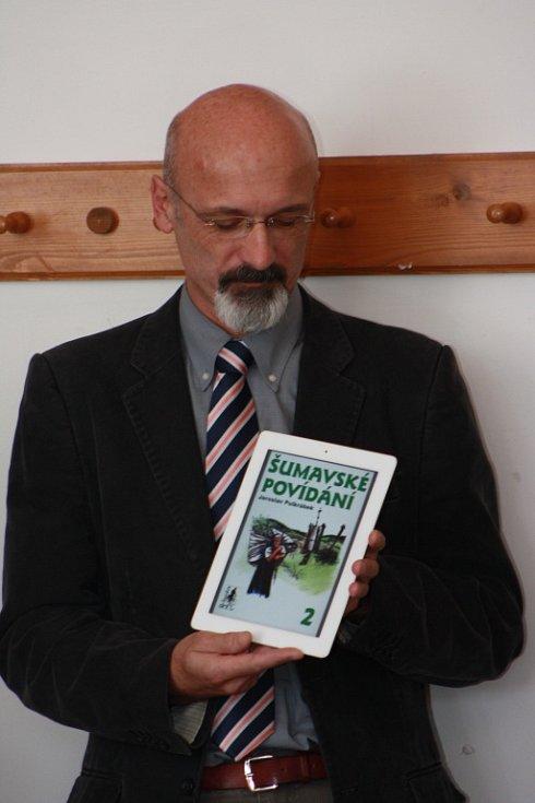 Křest elektronické knihy Šumavské povídání 2 od Jaroslava Pulkrábka.