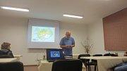 Učitel ve výslužbě Lumír Vozábal vyprávěl Volarákům o Islandu.