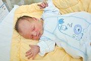 Kristián DŮRA, Vimperk. Narodil se ve čtvrtek 25. října v 0 hodin a 55 minut ve strakonické porodnici. Rodiče: Nikola a Víťa.