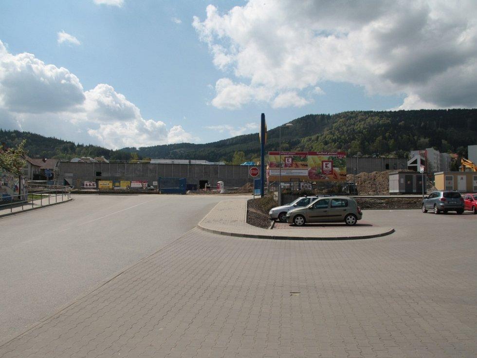 Krumlovská ulice v Prachaticích před uzavřením.