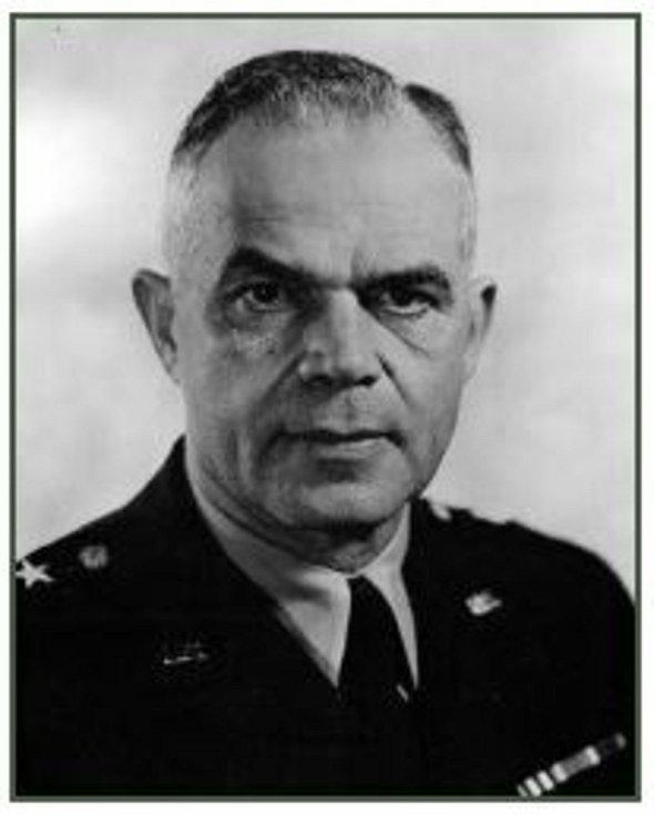 Gen. brig. Harlan Nelson Hartness. Fotografie z Diplomové práce Mgr. Pavla Študlara.