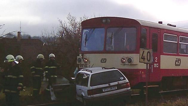 Nehoda na netolickém železničním přejezdu.