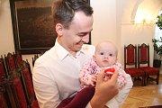 Natálie Mikešová a její tatínek Jan.