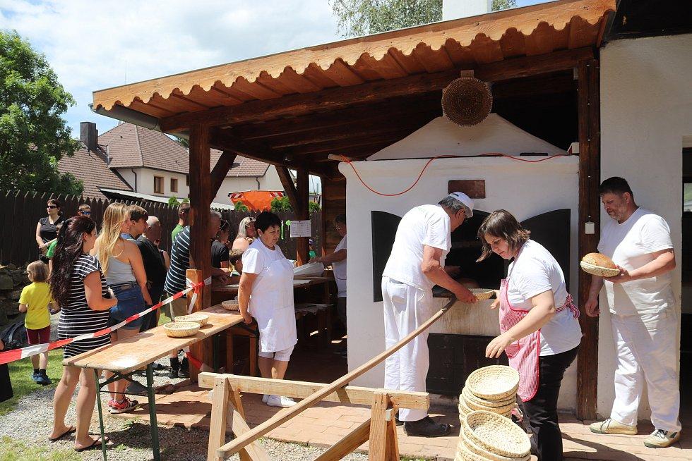 Pečení a den plný zábavy ve Volarském muzeu.