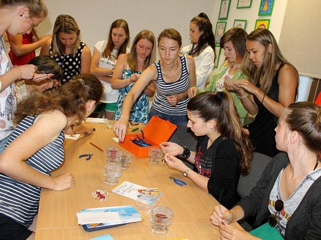 Dobrovolnictví a evropská dobrovolná služba byly hlavními tématy praxe studentek SPgŠ v prachatickém KreBul.