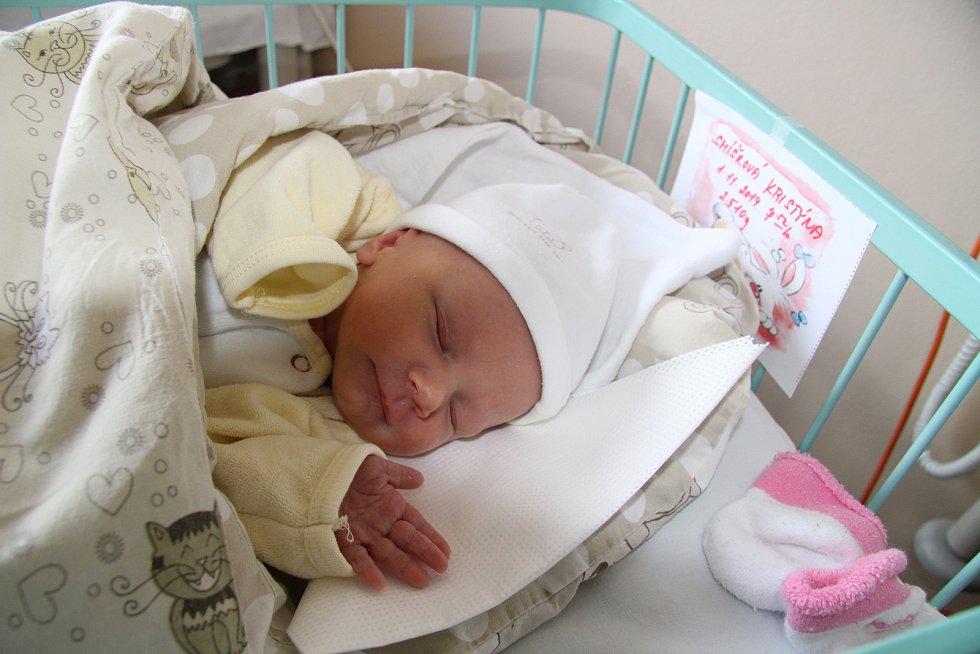 KRISTÝNA SMÍŠKOVÁ, TVRZICE. Narodila se v pátek 1. listopadu v 7 hodin a 52 minut  v prachatické porodnici. Vážila 2510 gramů. Má sestřičku Gábinku (3,5 roku).Rodiče: Michaela Klofáčová a Jan Smíšek.