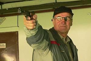 Střelba ze sportovní pistole, ilustrační foto