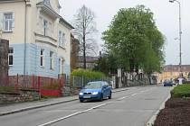 Ulice 1. máje ve Vimperku.